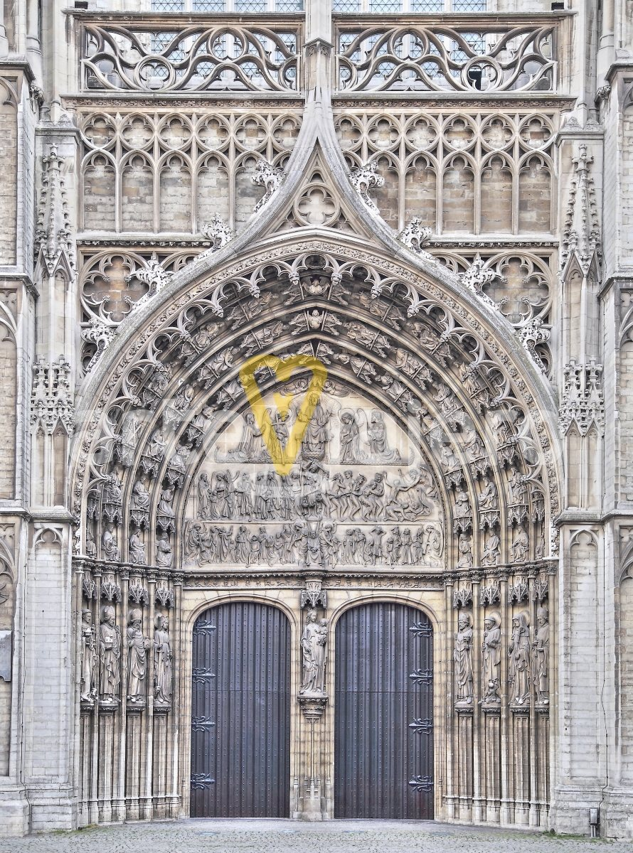 portada de la catedral de amberes
