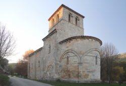 iglesia románica, monasterio de rodilla