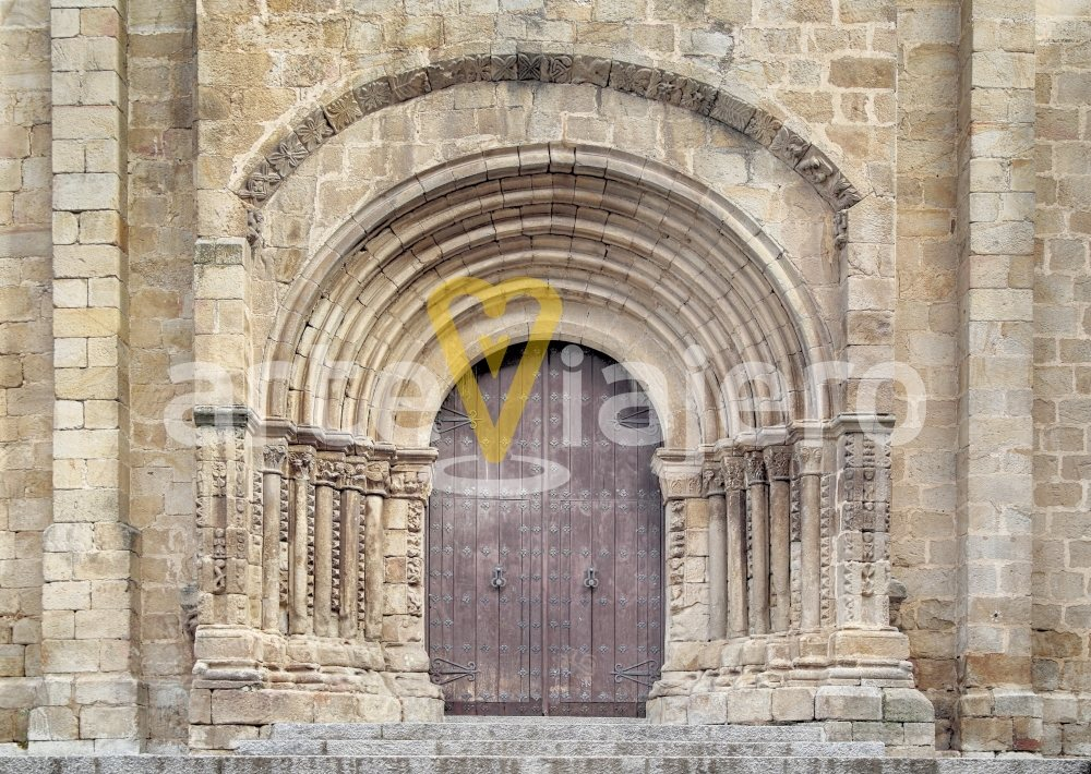 portada románica catedral de plasencia