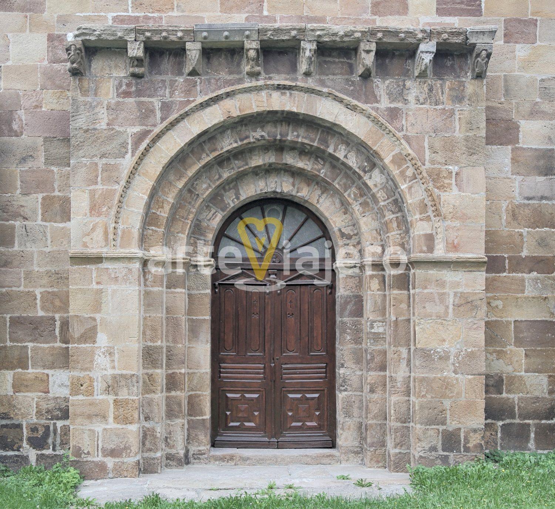 iglesia de bárcena de pie de concha