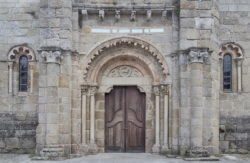 portada románico galicia