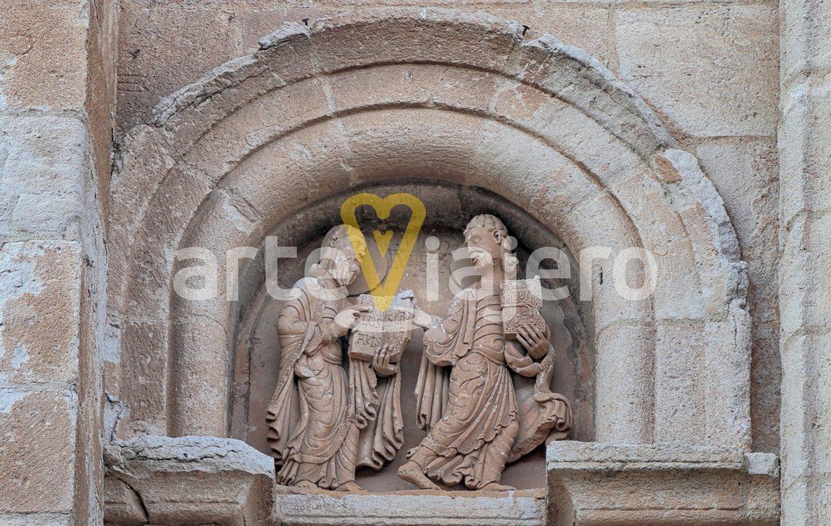 tímpano puerta del obispo