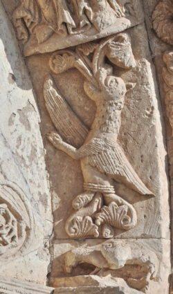 dragón románico