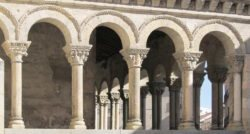 galería porticada, iglesia de san martín