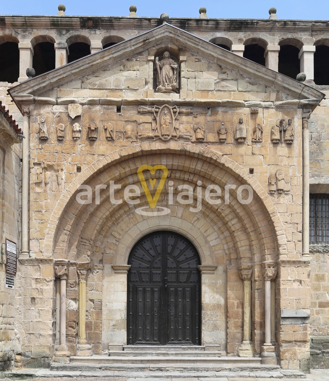 portada colegiata de santa juliana