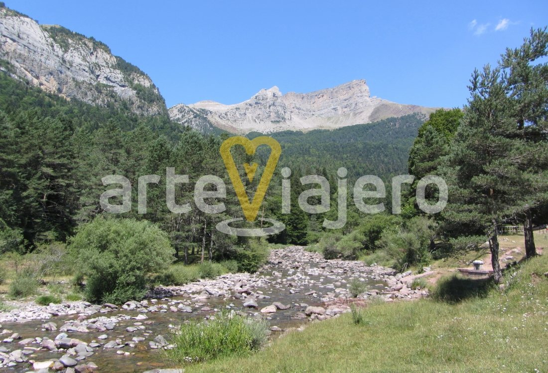 La Selva De Oza Valle De Hecho Arteviajero