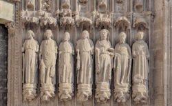 esculturas catedral de huesca
