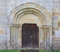 portada monasterio de valdediós