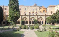 claustro románico catalán