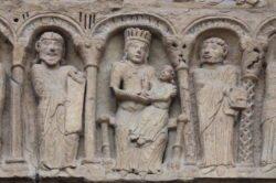 dintel románico arcada