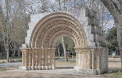 portada románica, cerezo de río tirón, burgos