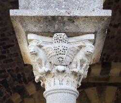capitel románico cerdeña