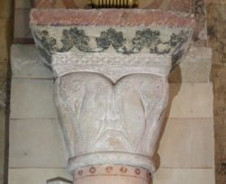 chapiteaux roman, iguerande