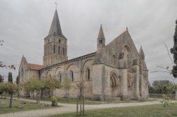 iglesia de aulnay