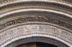 portada de la catedral de valencia
