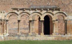 arcos románicos de medio punto