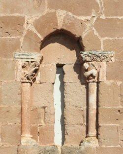 ventana románica, soto de bureba