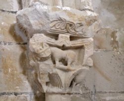 capitel iglesia de crespos