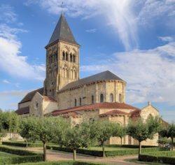 eglise romane saint-menoux
