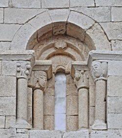 ventanas del románico de burgos
