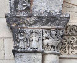 capiteles historiados románicos