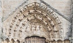 tímpano gótico, iglesia de villaldemiro