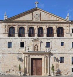 fachada del monasterio de la vid