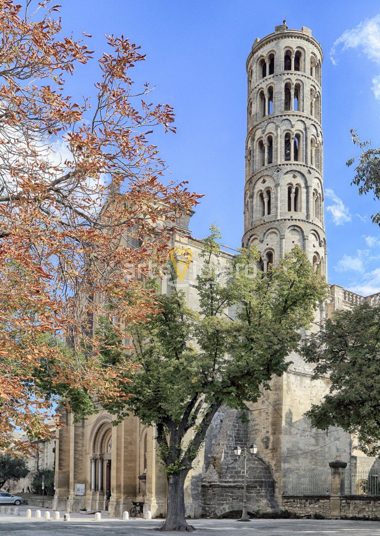 tour fenestrelle, saint-théodorit uzès