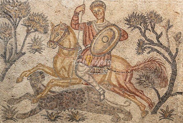 mosaico con caza de pantera