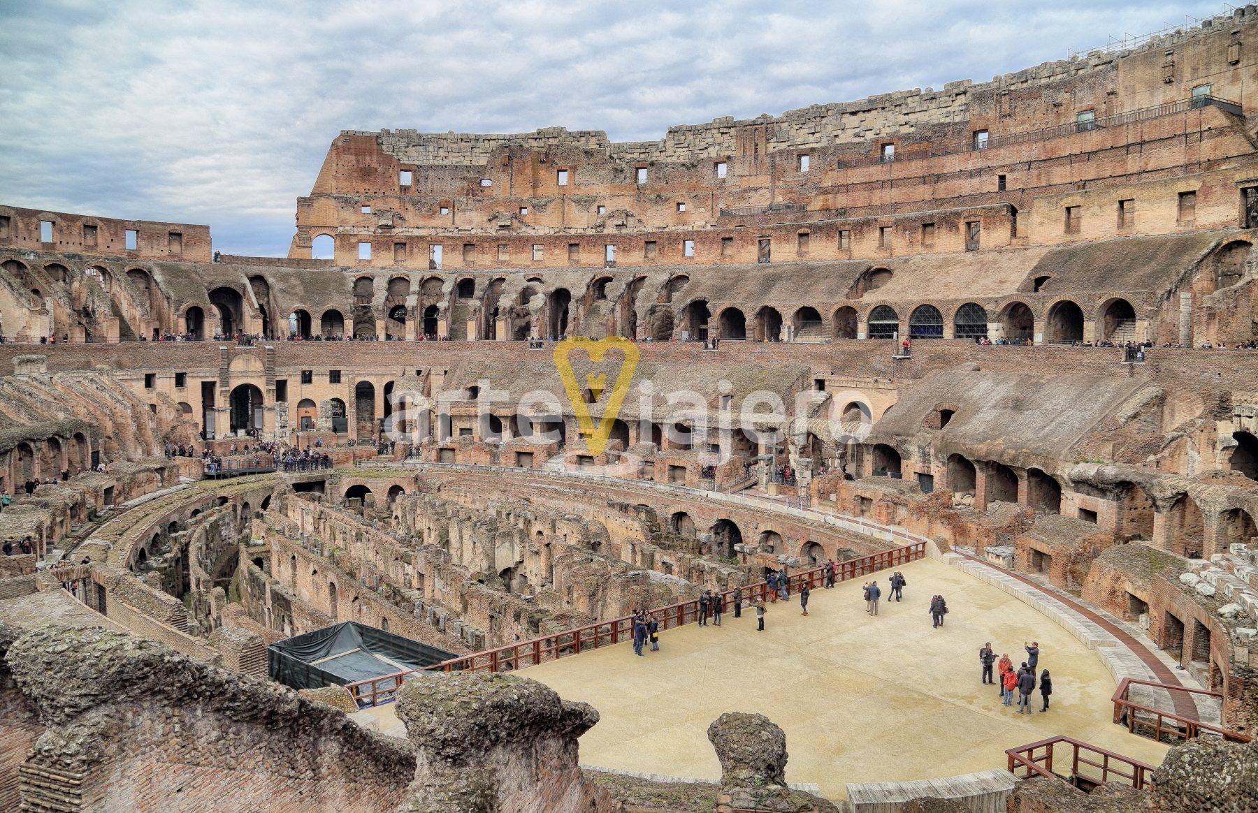 interior del anfiteatro romano