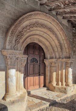 portada románica torreandaluz