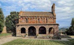 galería porticada románica italia