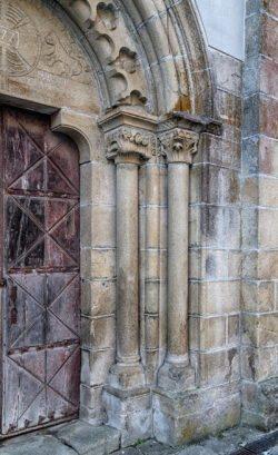 capiteles y columnas