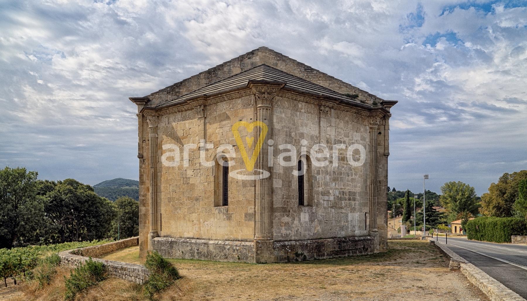 chapelle de saint quenin, ábside triangular