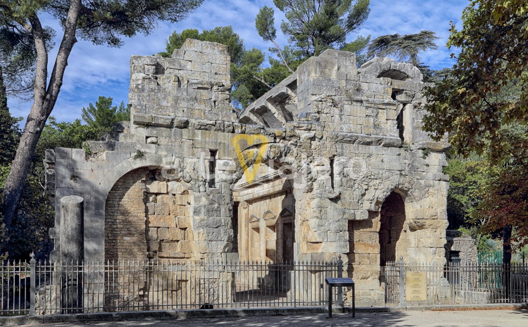 templo de diana de nîmes