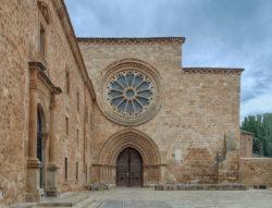 fachada monasterio de santa maría de huerta