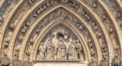 tímpano gótico castelló d empúries
