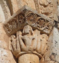 sirenas de doble cola, capitel románico