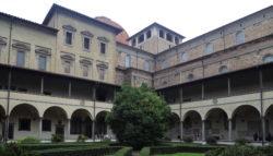 claustro de la basílica de san lorenzo