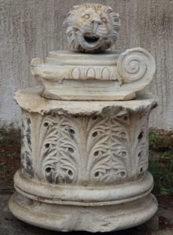 capitel grecorromano
