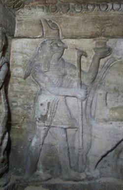 catacombs of kom el shoqafa alexandria