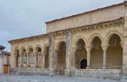 románico porticado de segovia