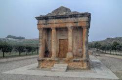 mausoleo de lucio emilio lupo