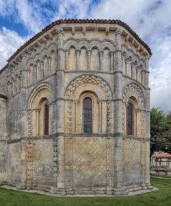 románico de aquitania francia