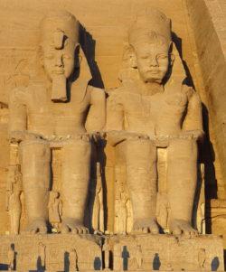 estatuas abu simbel