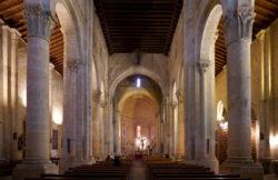 interior de la iglesia de san millán