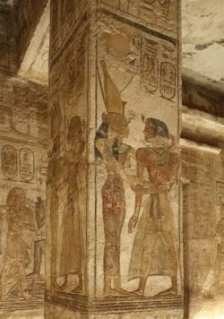 interior del templo de abu simbel
