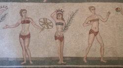 mosaico de los biquinis