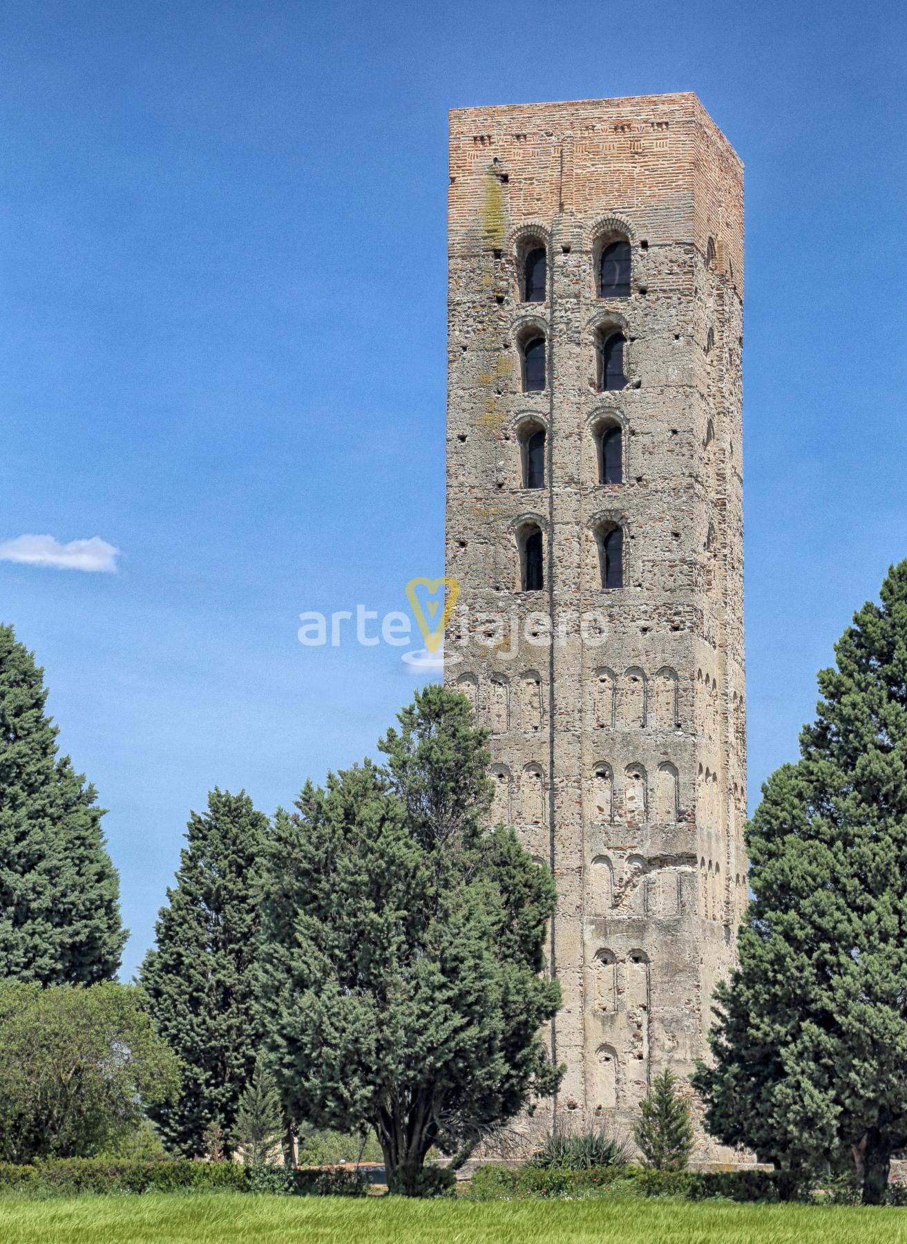torre de san nicolás de coca