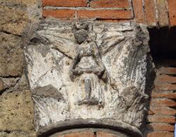 capitel romano